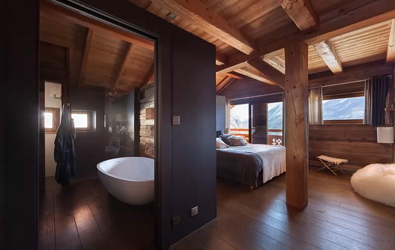 Salle de bain d'un chalet à La Clusaz - Chalets Bayrou